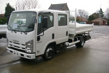 Tipper on Isuzu